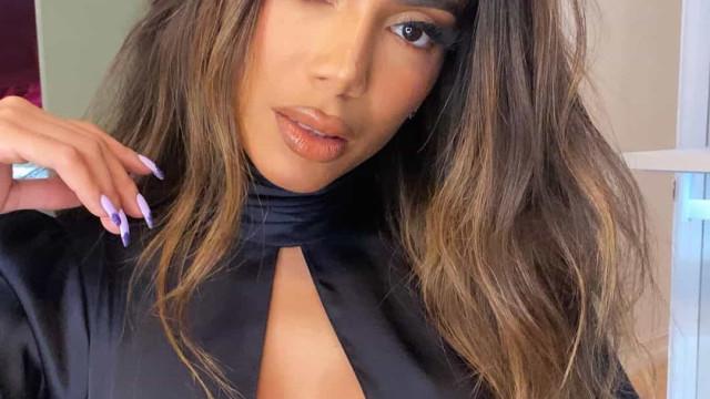 Anitta sensualiza na web e recebe elogios de estrelas