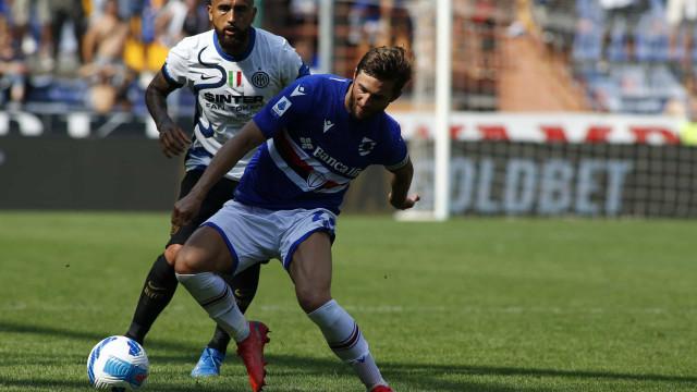 Inter fica duas vezes em vantagem, cede empate à Sampdoria e não resgata 1° lugar