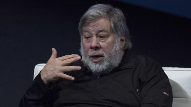 Cofundador da Apple anuncia empresa de lixo espacial