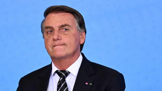 Bolsonaro: Acham que se eu oferecesse ministério, não estaria tudo resolvido?