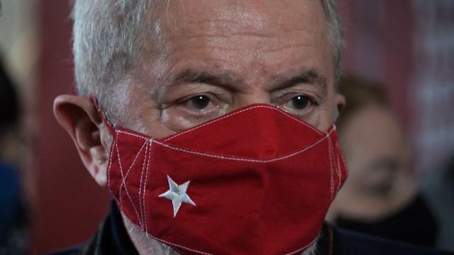 Lula diz que decidirá sobre candidatura à Presidência no início de 2022