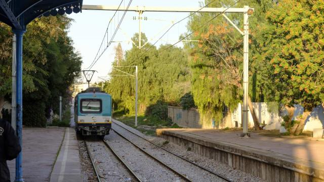 Colisão de trens na Tunísia faz pelo menos 33 feridos