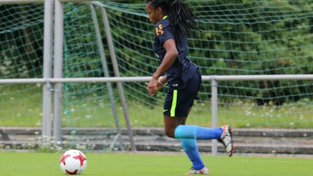 Ludmila é convocada para defender seleção feminina nos jogos diante da Austrália