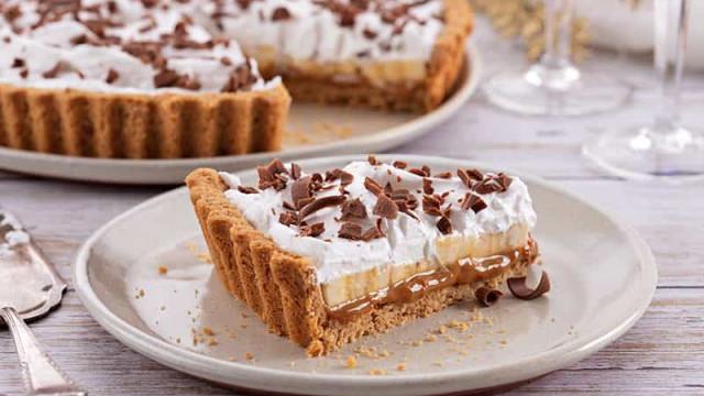 Aprenda a preparar a sobremesa do momento: Torta Banoffee