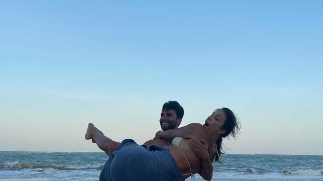Ivete Sangalo e marido curtem Trancoso em clima de romance
