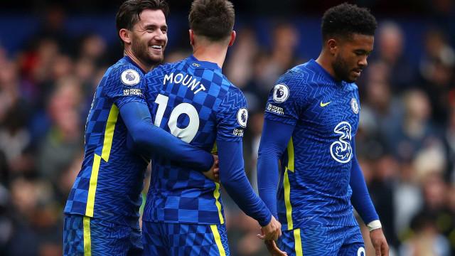 Com três gols de Mount, Chelsea faz sete no Norwich e segue tranquilo na ponta