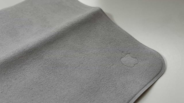 Curioso com o pano de limpeza da Apple? Veja as imagens