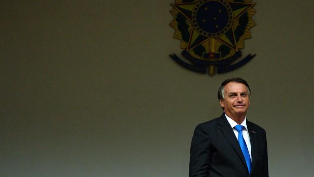 Bolsonaro diz a apoiadores fazer o governo 'possível'