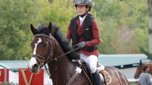 Atleta de hipismo morre depois de ser atingida por coice de cavalo