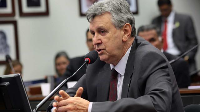 Renan diz que vai incluir Luiz Carlos Heinze na lista de indiciados da CPI