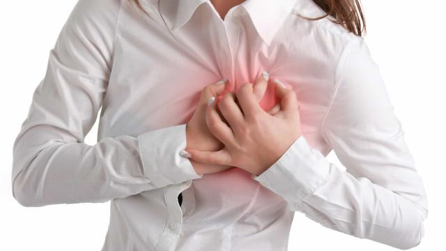 A doença (rara) pouco conhecida que afeta mais as mulheres