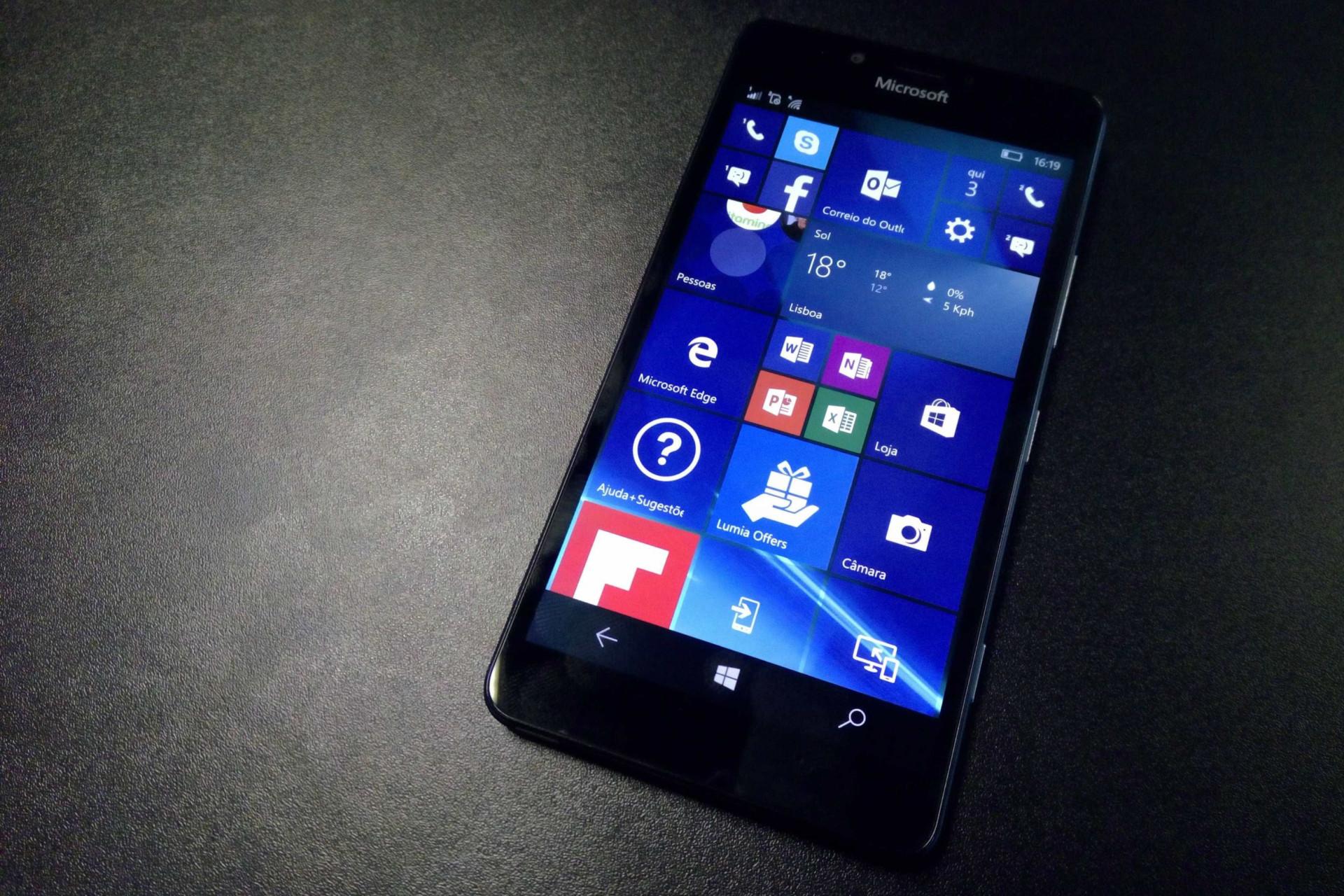 Microsoft anuncia fim do Windows 10 Mobile