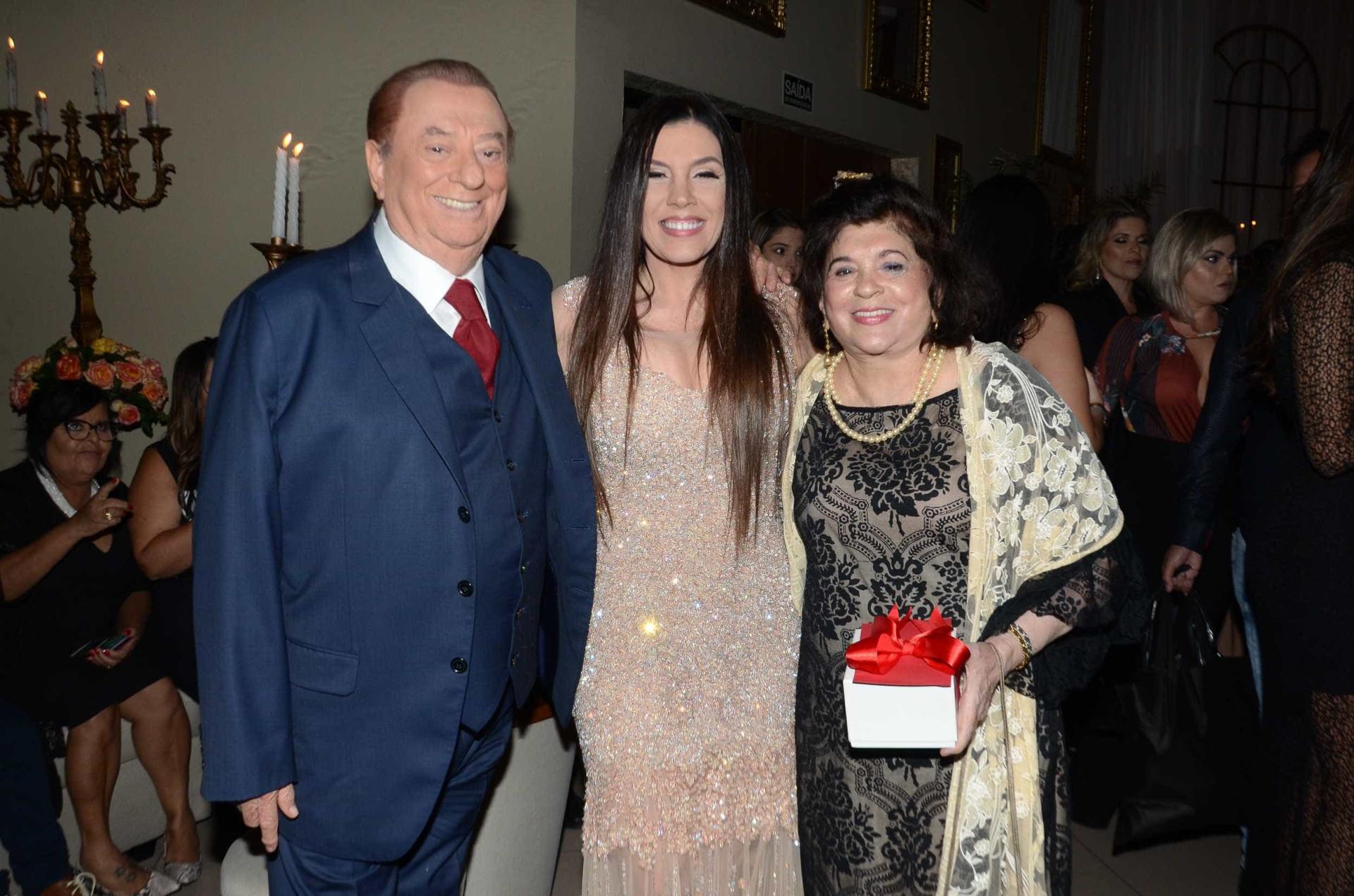 Simony comemora os 15 anos da filha Aysha Benelli; veja fotos