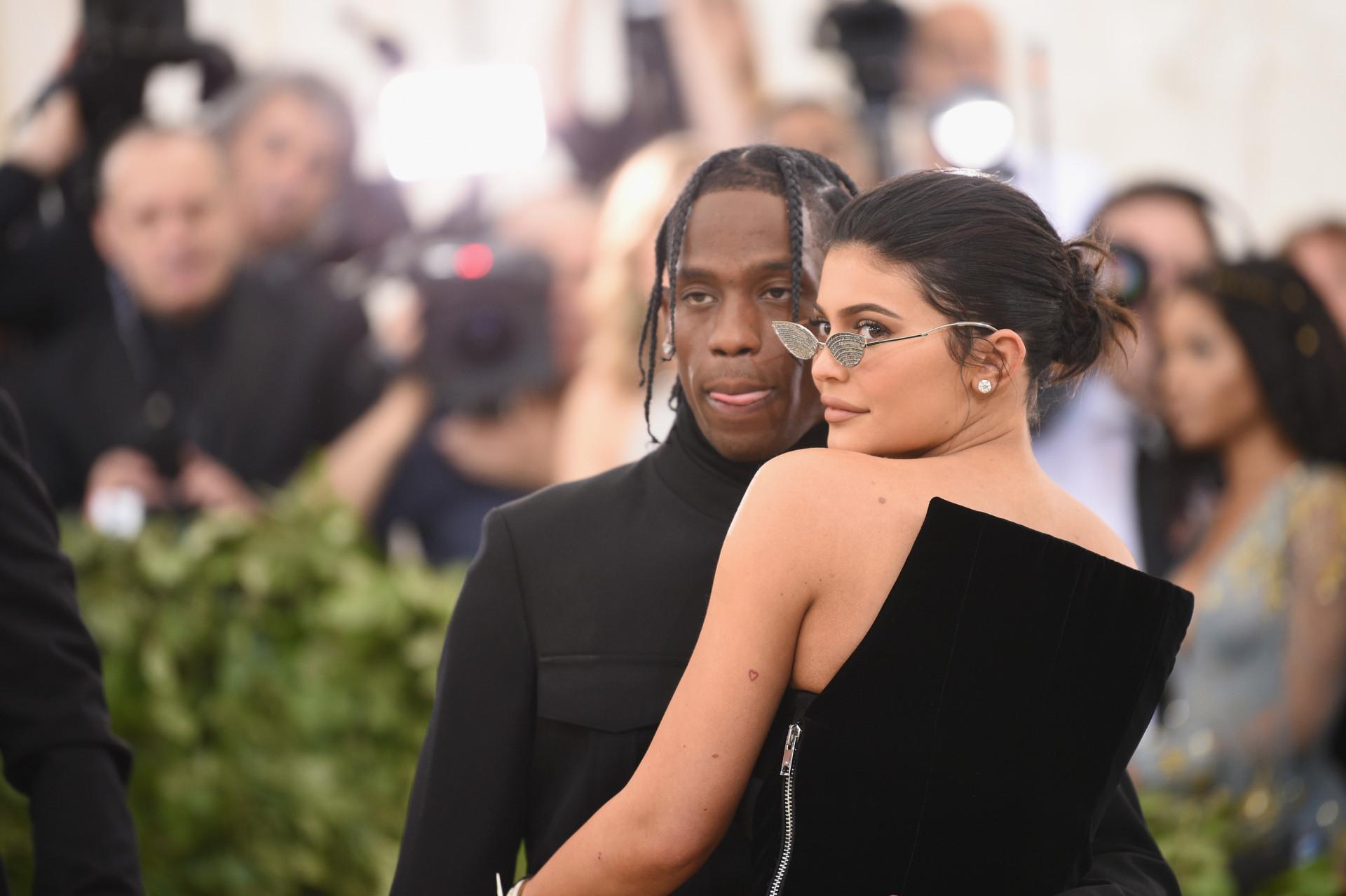 Provedoras: as famosas que faturam mais que os seus parceiros!