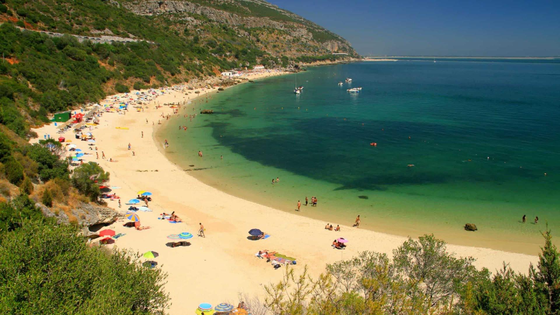 Um roteiro por 32 praias imperdíveis em Portugal!