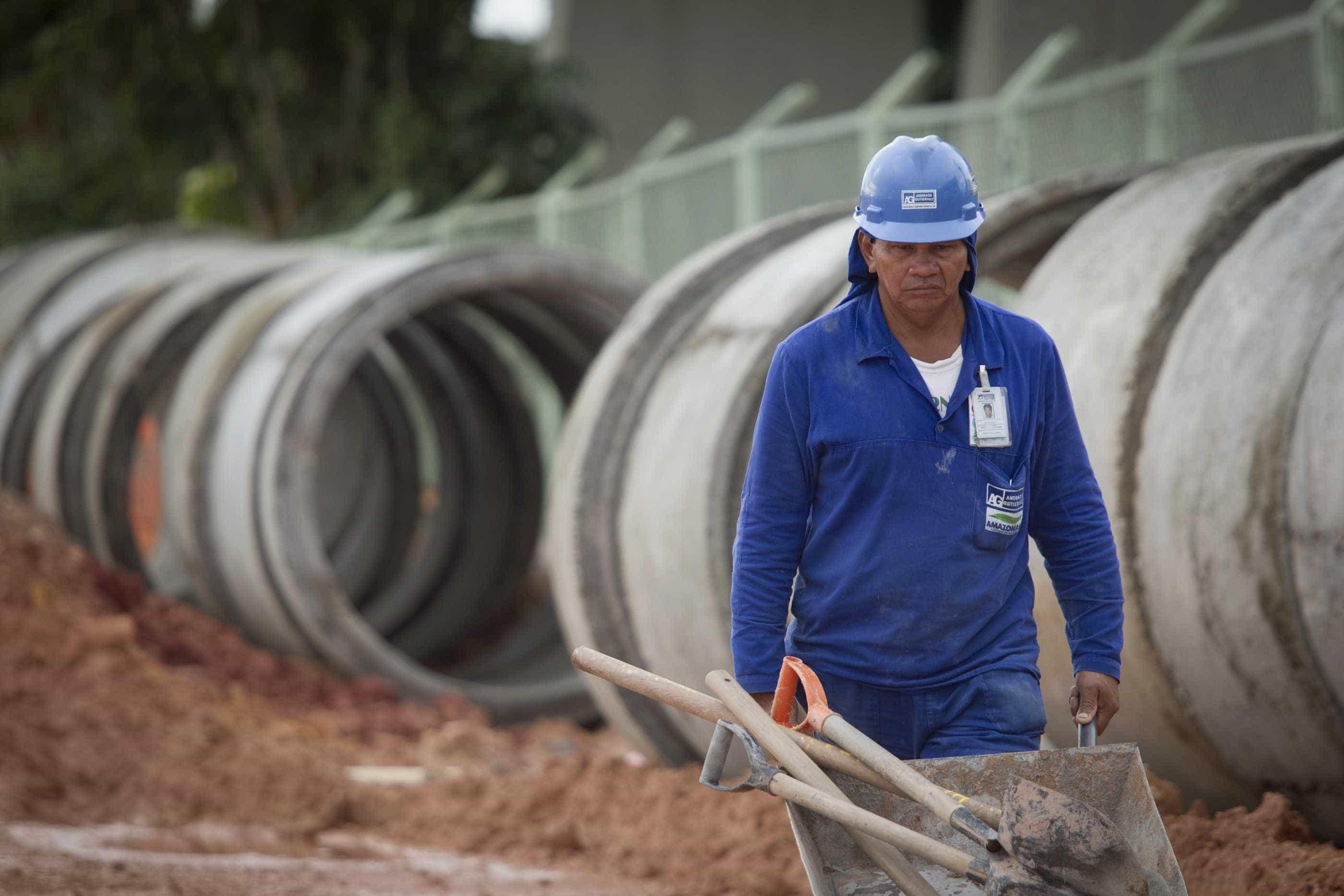 Construção registra 18º trimestre com desempenho negativo