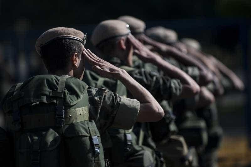 Filhas de militares mortos recebem juntas mais de R$ 5 bilhões por ano