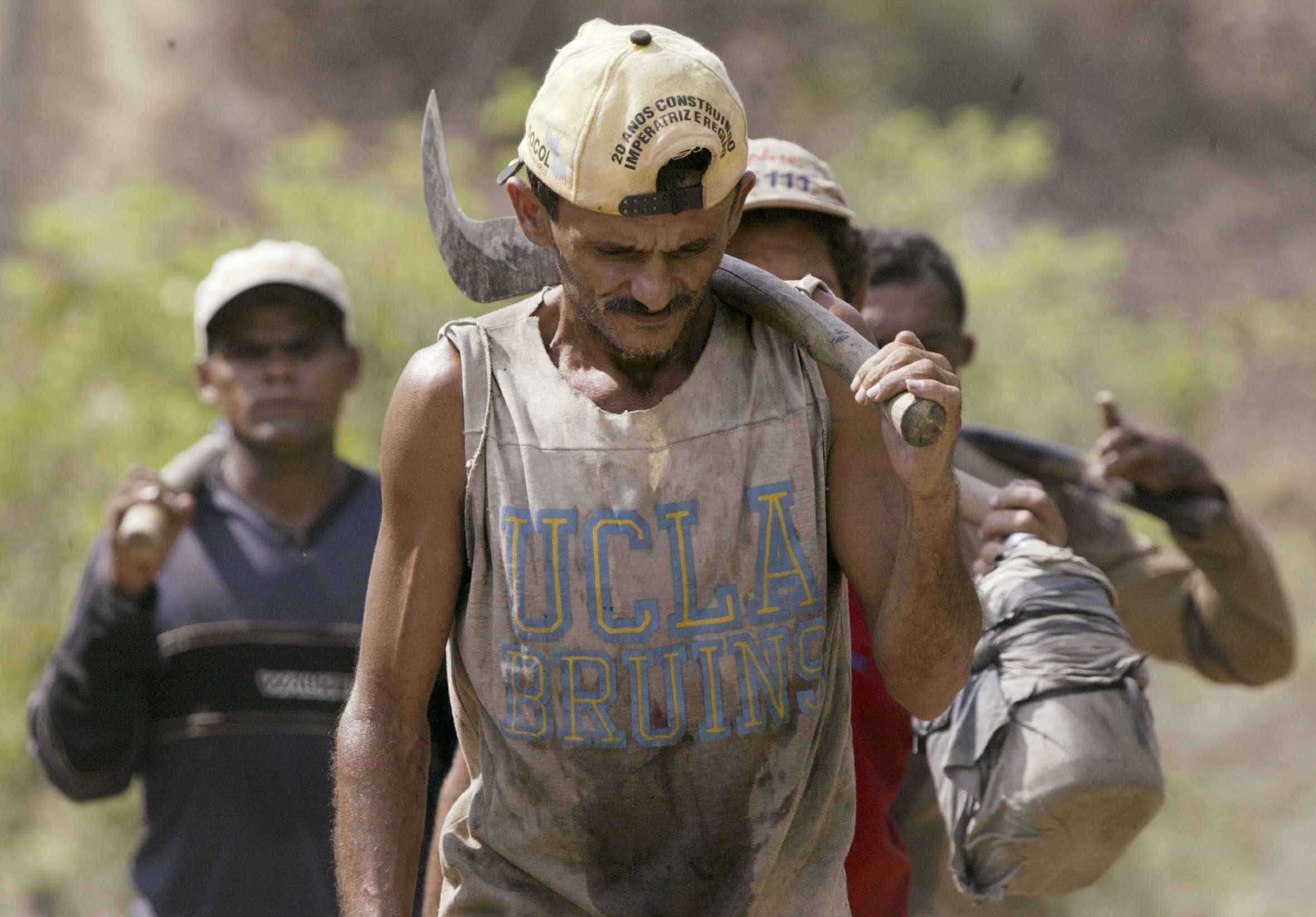 Brasil tem quase 2 escravos modernos a cada mil habitantes, diz ONG