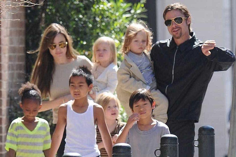 Mãe de Brad Pitt não vê os netos desde o divórcio com Angelina Jolie