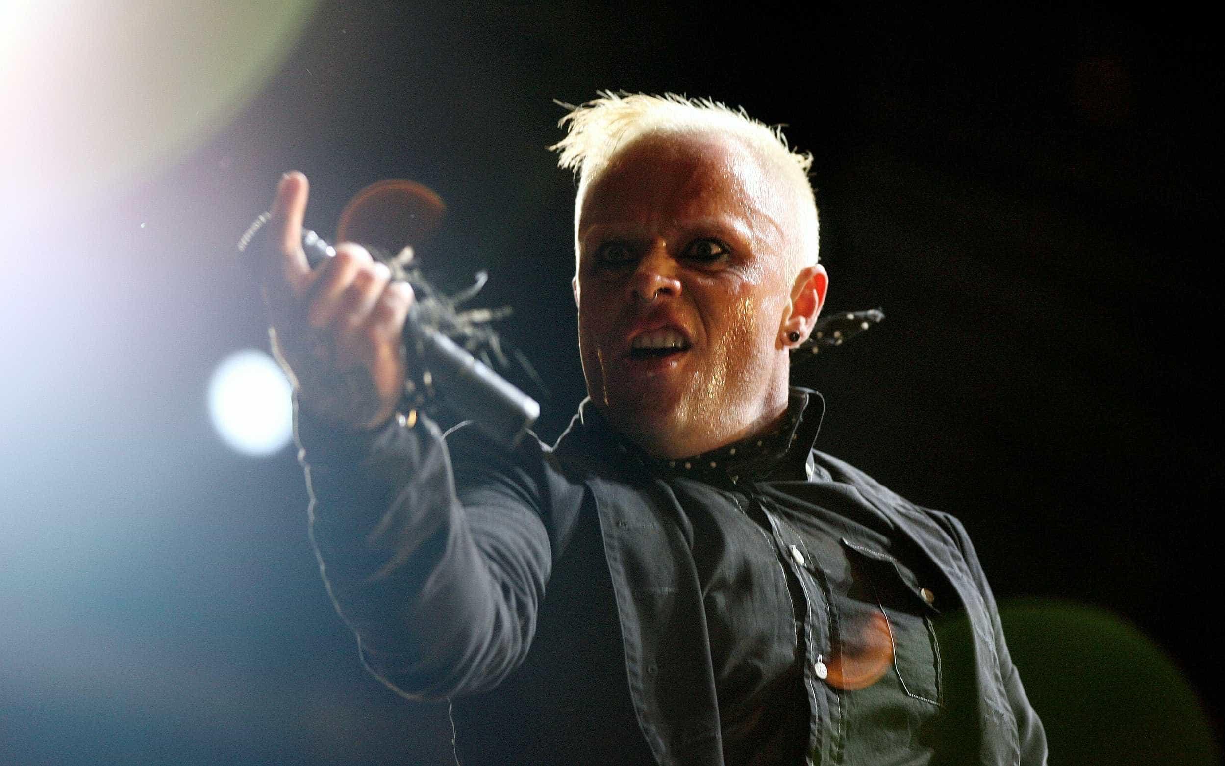 Morre Keith Flint, vocalista do Prodigy, aos 49 anos