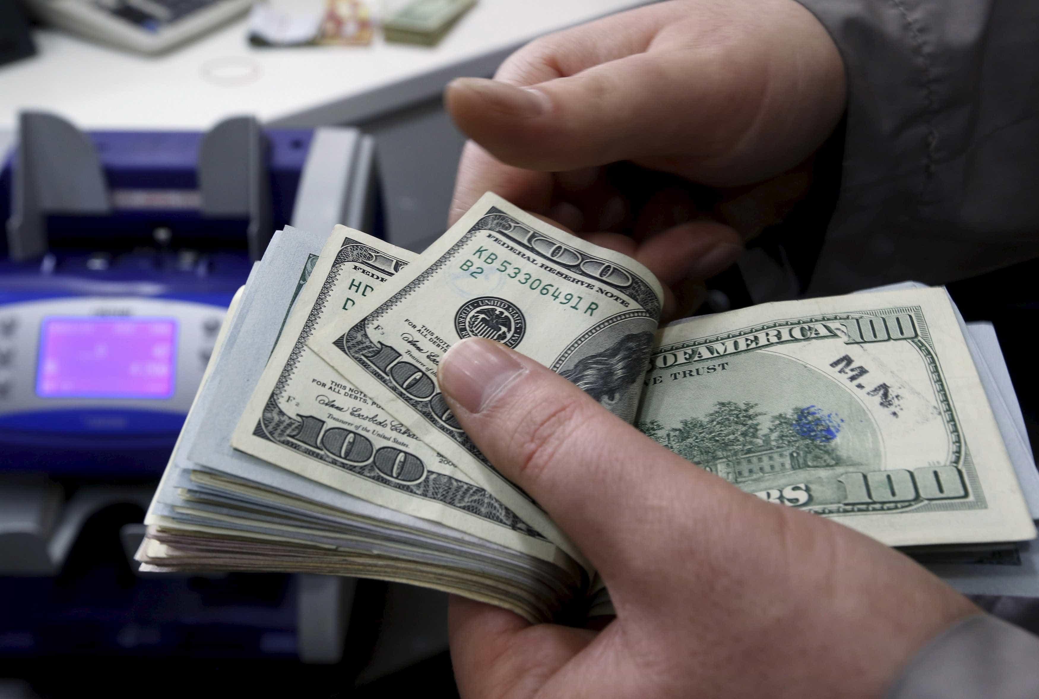 Câmbio para fim de 2018 sobe de R$ 3,80 para R$ 3,83, aponta Focus