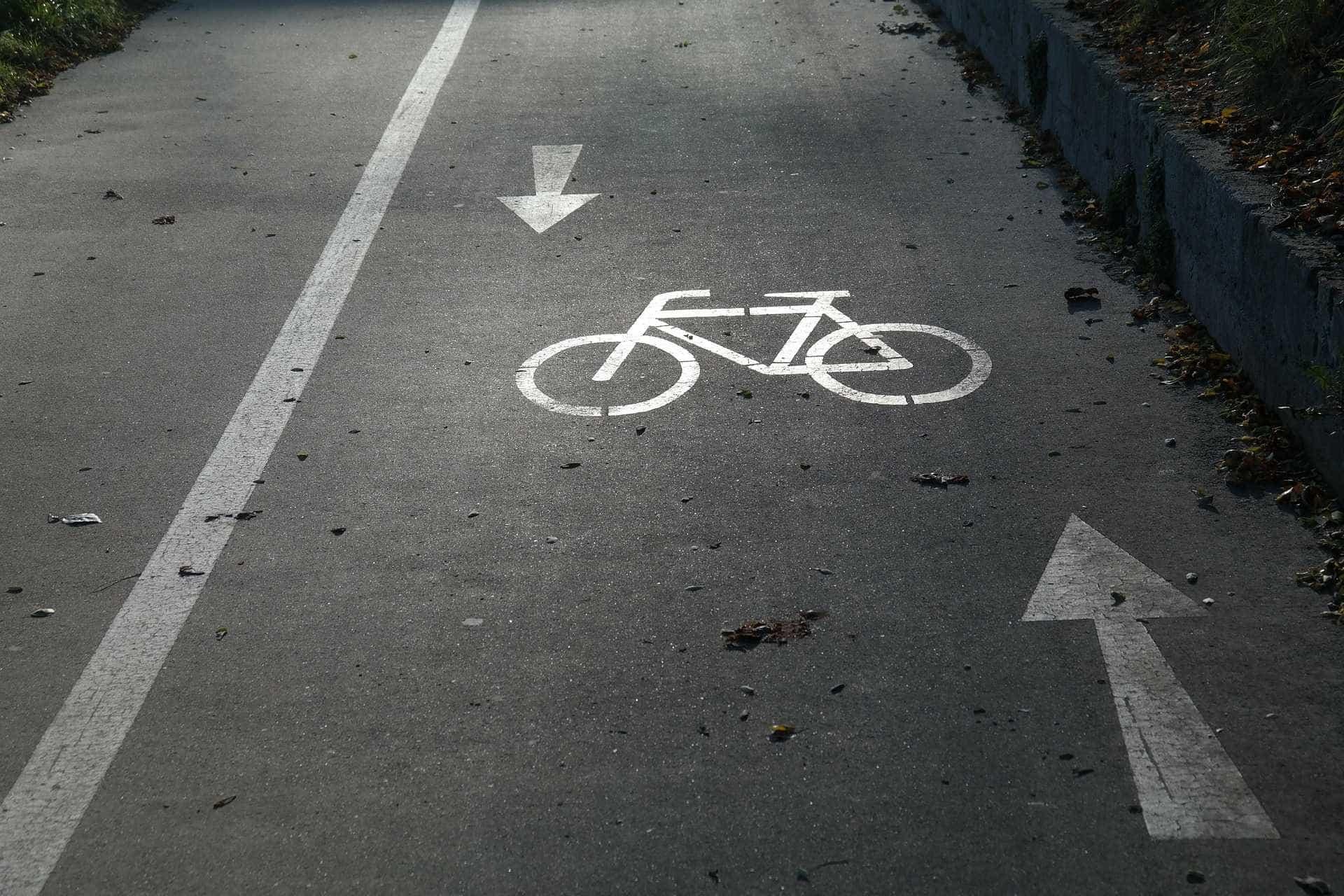 Motorista foge após atropelar e matar ciclista na rodovia Anhanguera