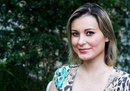 Andressa Urach viaja dando palestras sobre 'segredo para curar vícios'