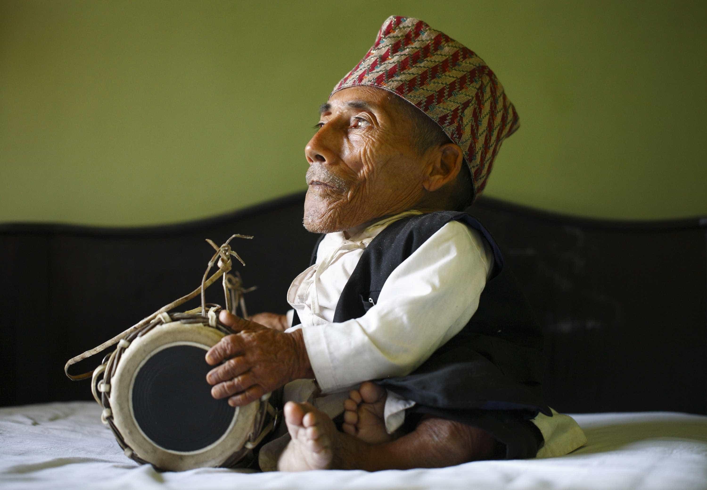 Chandra Bahadur Dangi, o menor homem do mundo, faleceu em setembro