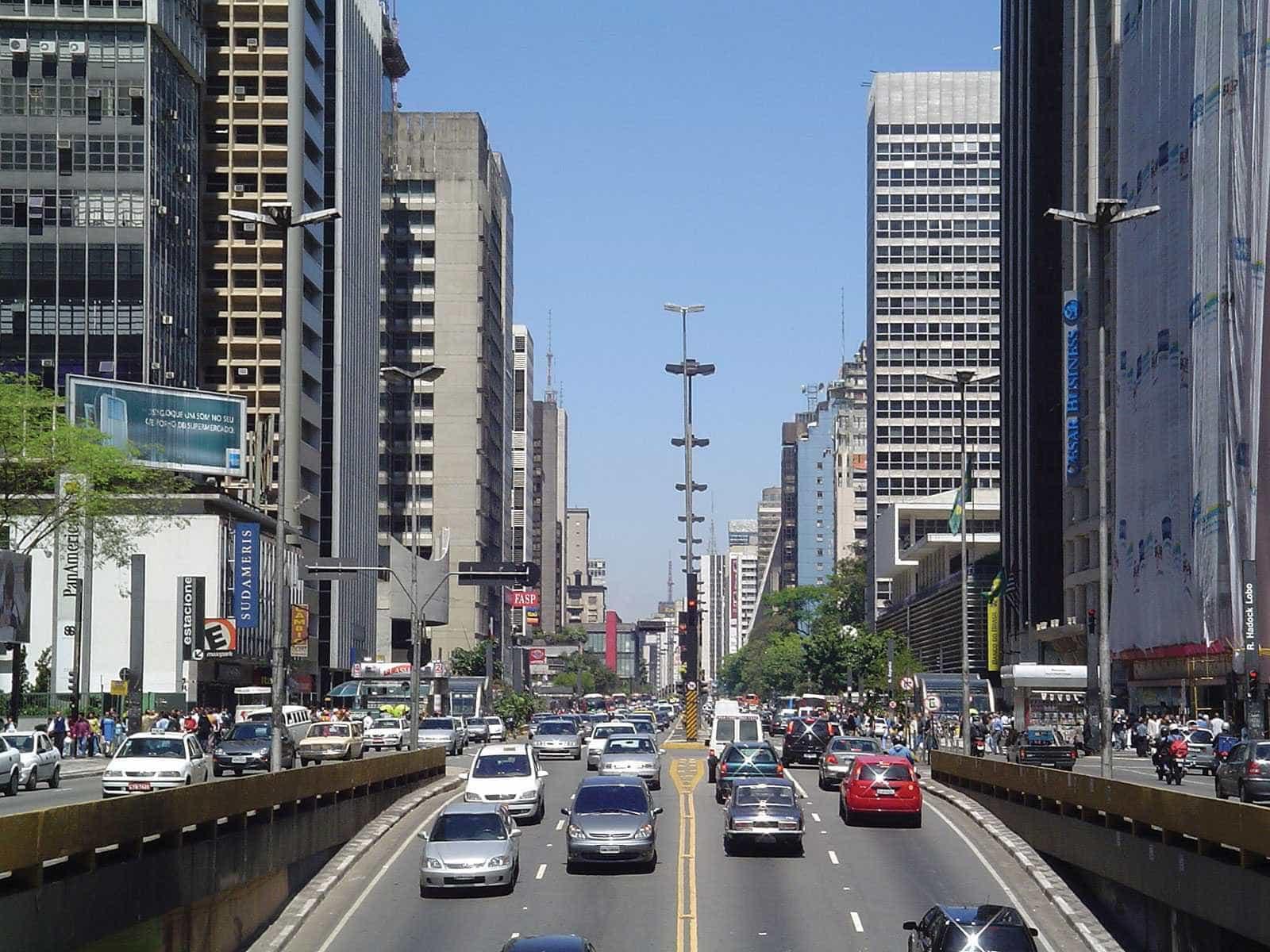 OMS sugere limite de 50 km/h em ruas do País