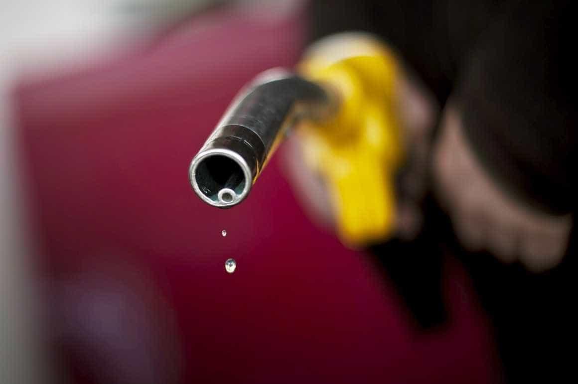 Preço da gasolina cai em 17 estados e no Distrito Federal