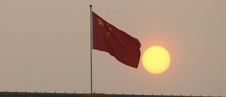 """China critica """"unilateralismo"""" e """"protecionismo"""" dos EUA no comércio"""