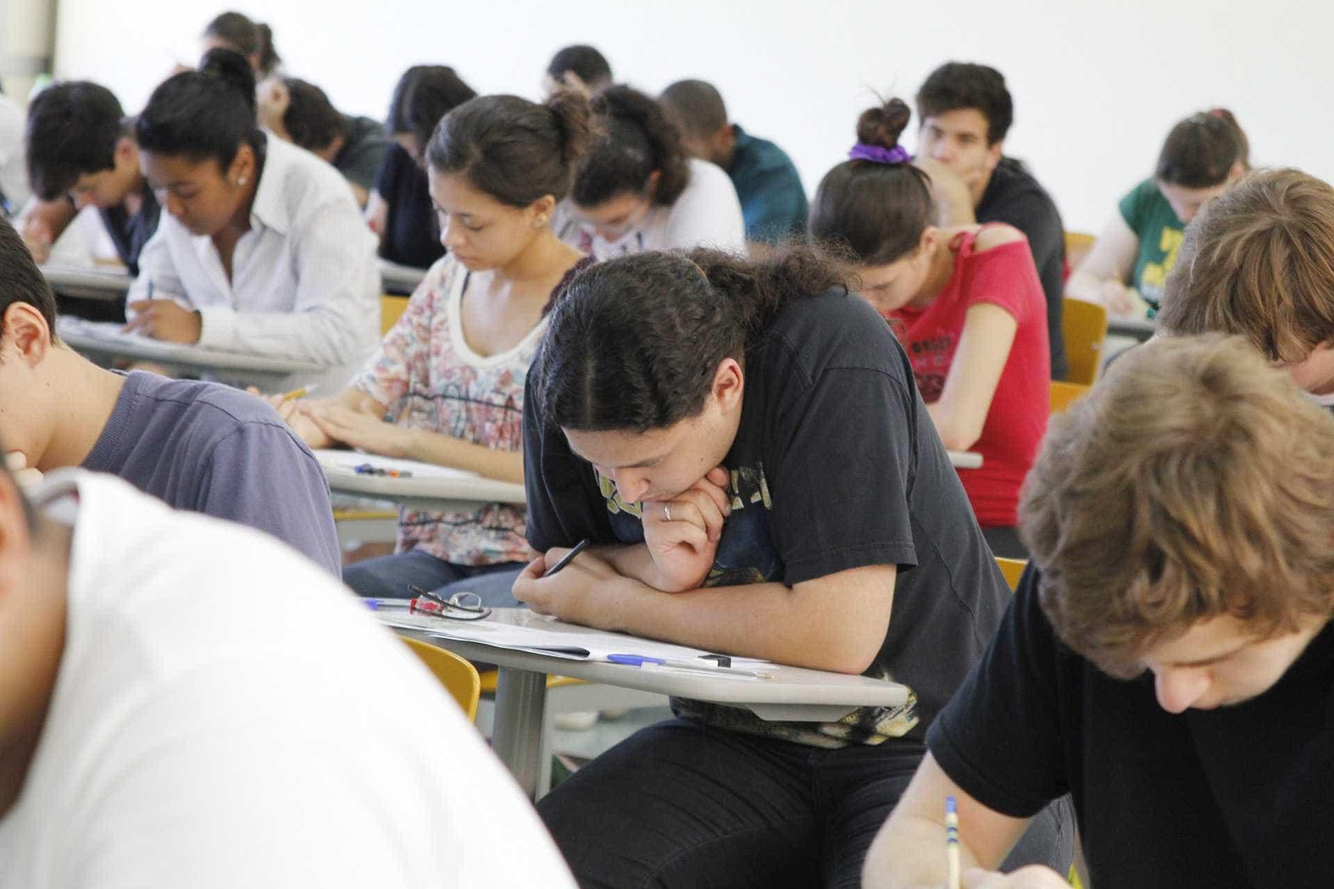 Governo abre 800 mil vagas para cursos técnicos no País