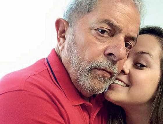 Neta de Lula organiza protesto contra Eduardo Cunha no Rio
