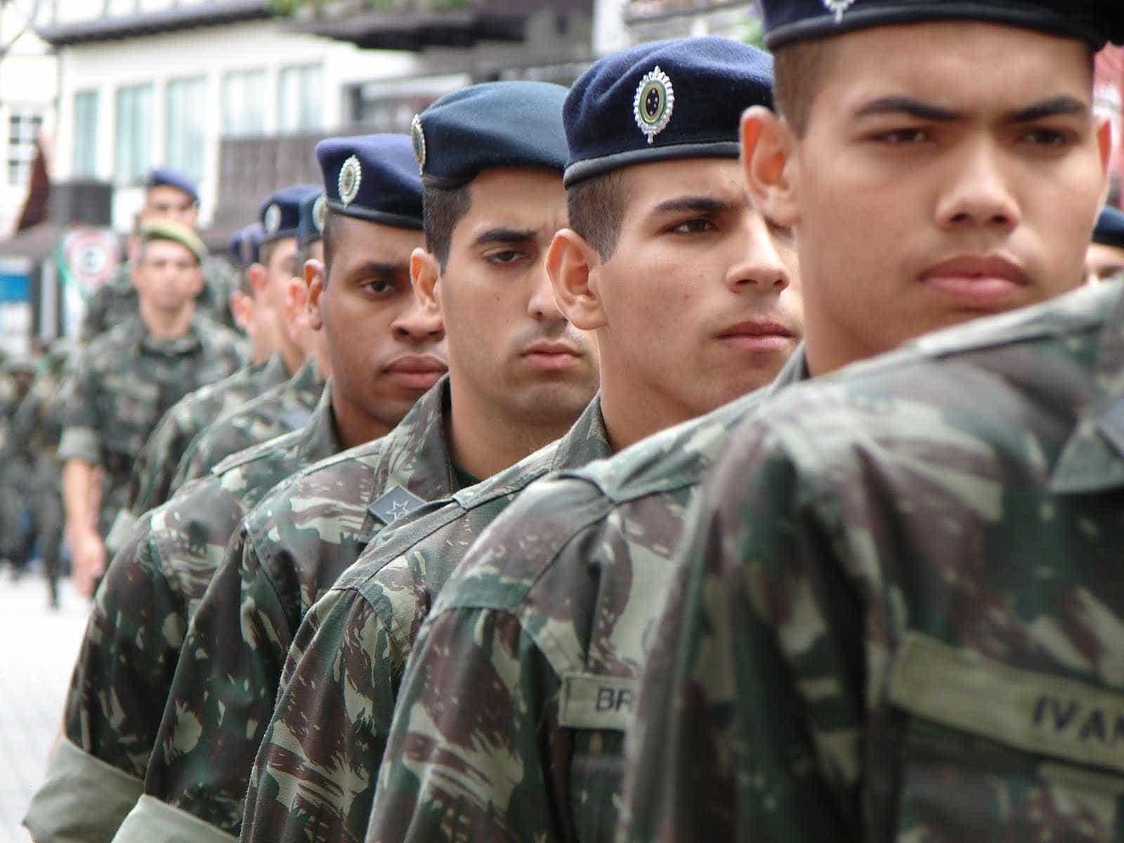 Como saber se você foi dispensado ou selecionado para o serviço militar