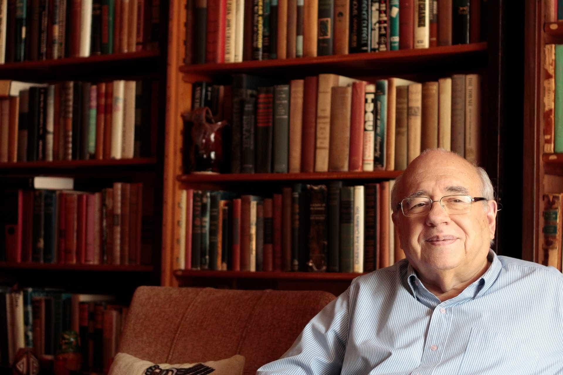 'Já fui muito elogiado pelo que nunca escrevi', afirma Verissimo