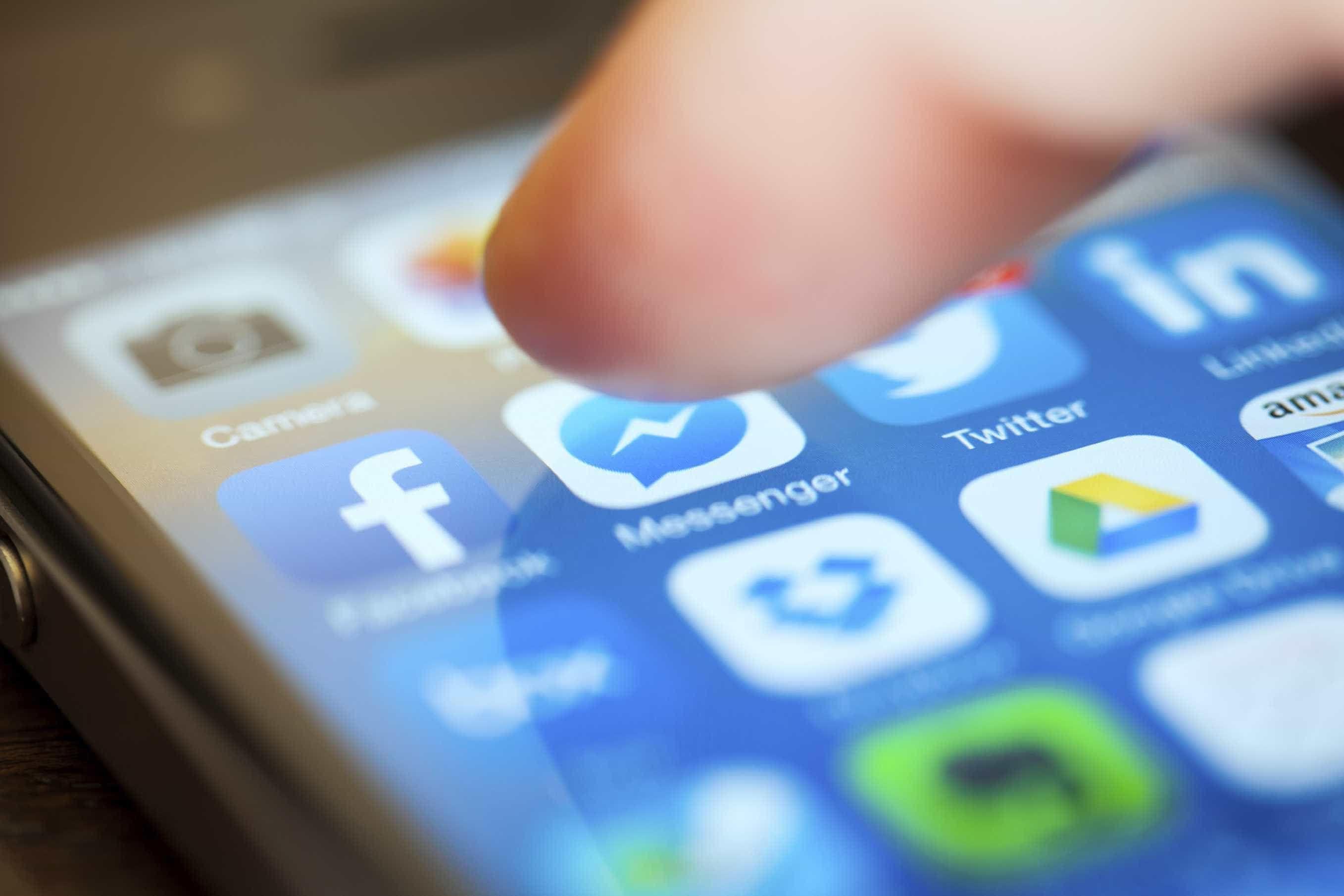 Facebook permitirá reportar conversas no Messenger