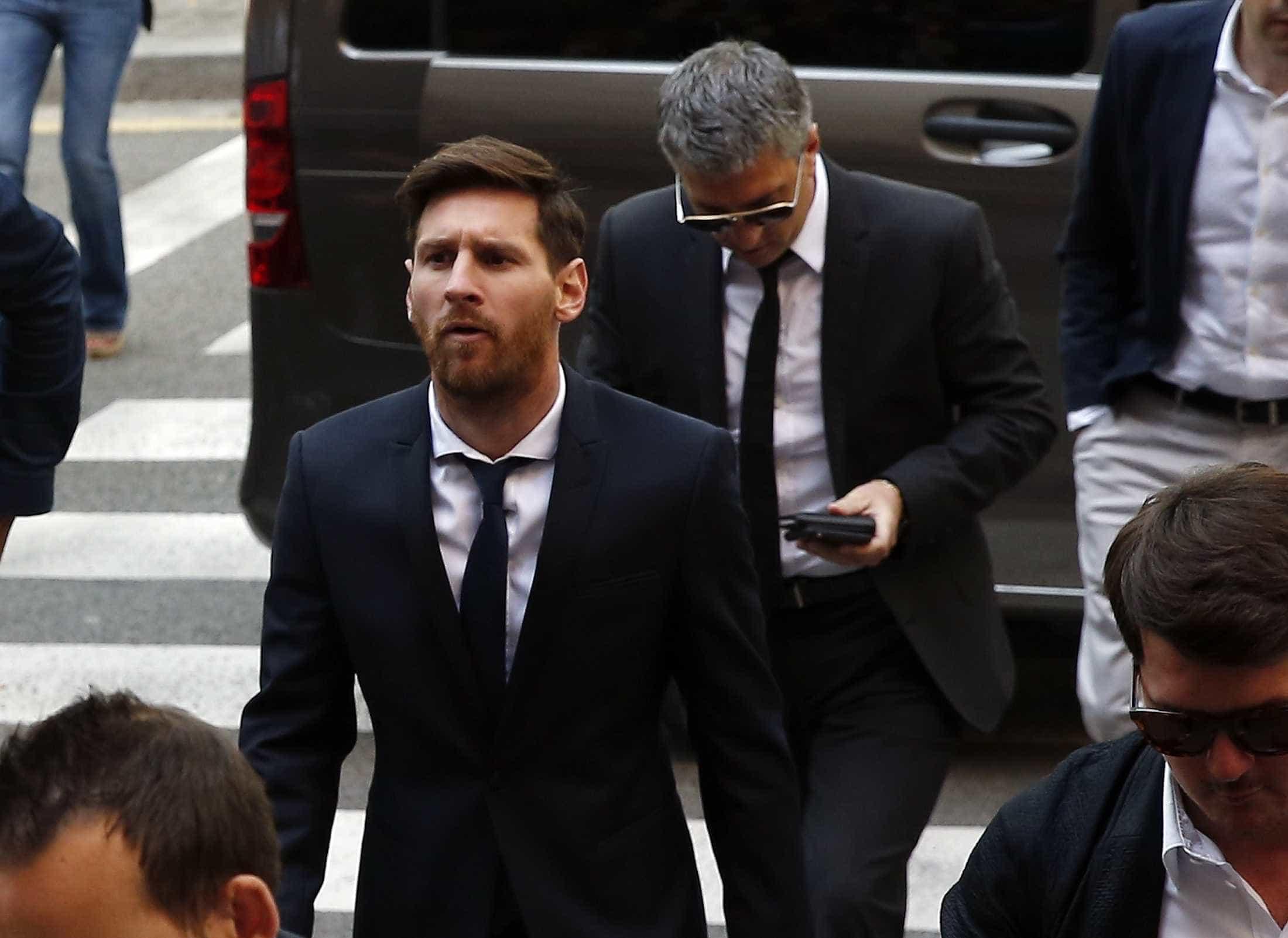 Pai de Messi é detido após causar acidente de trânsito