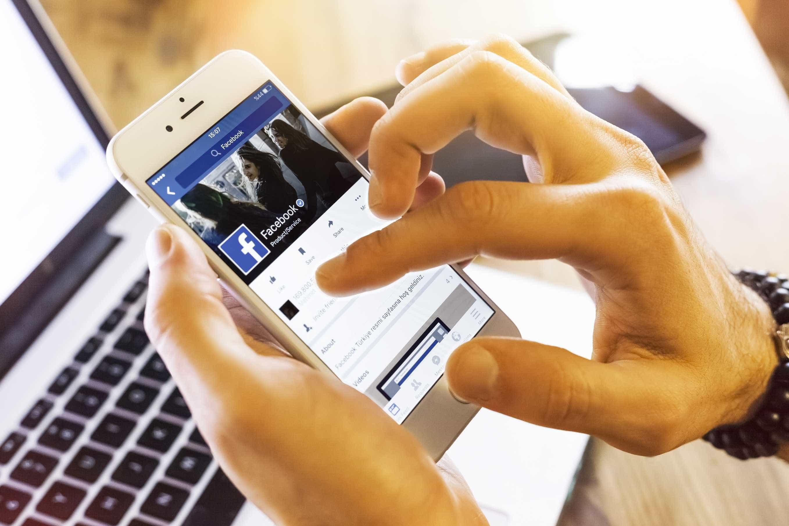 Jovens estão usando menos o Facebook para ver notícias, diz pesquisa