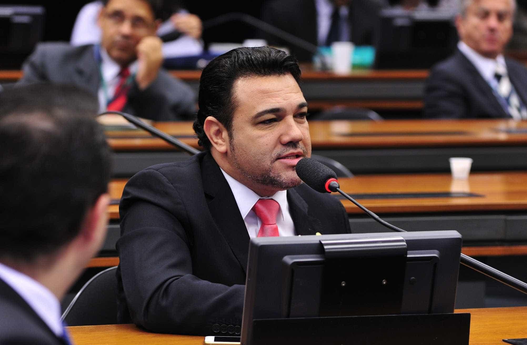 Marco Feliciano critica governo e diz que 'comunicação está péssima'