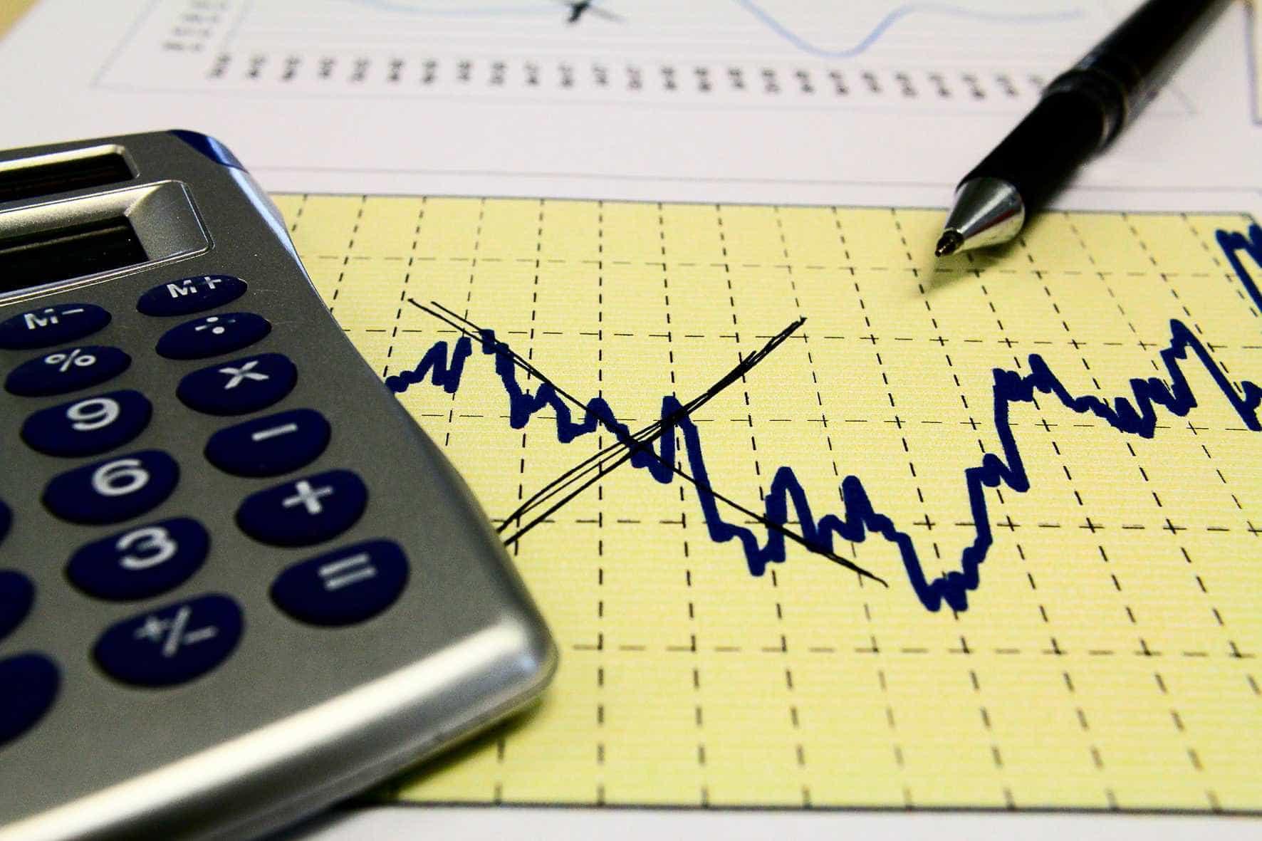 Instituições financeiras reduzem projeção de crescimento da economia