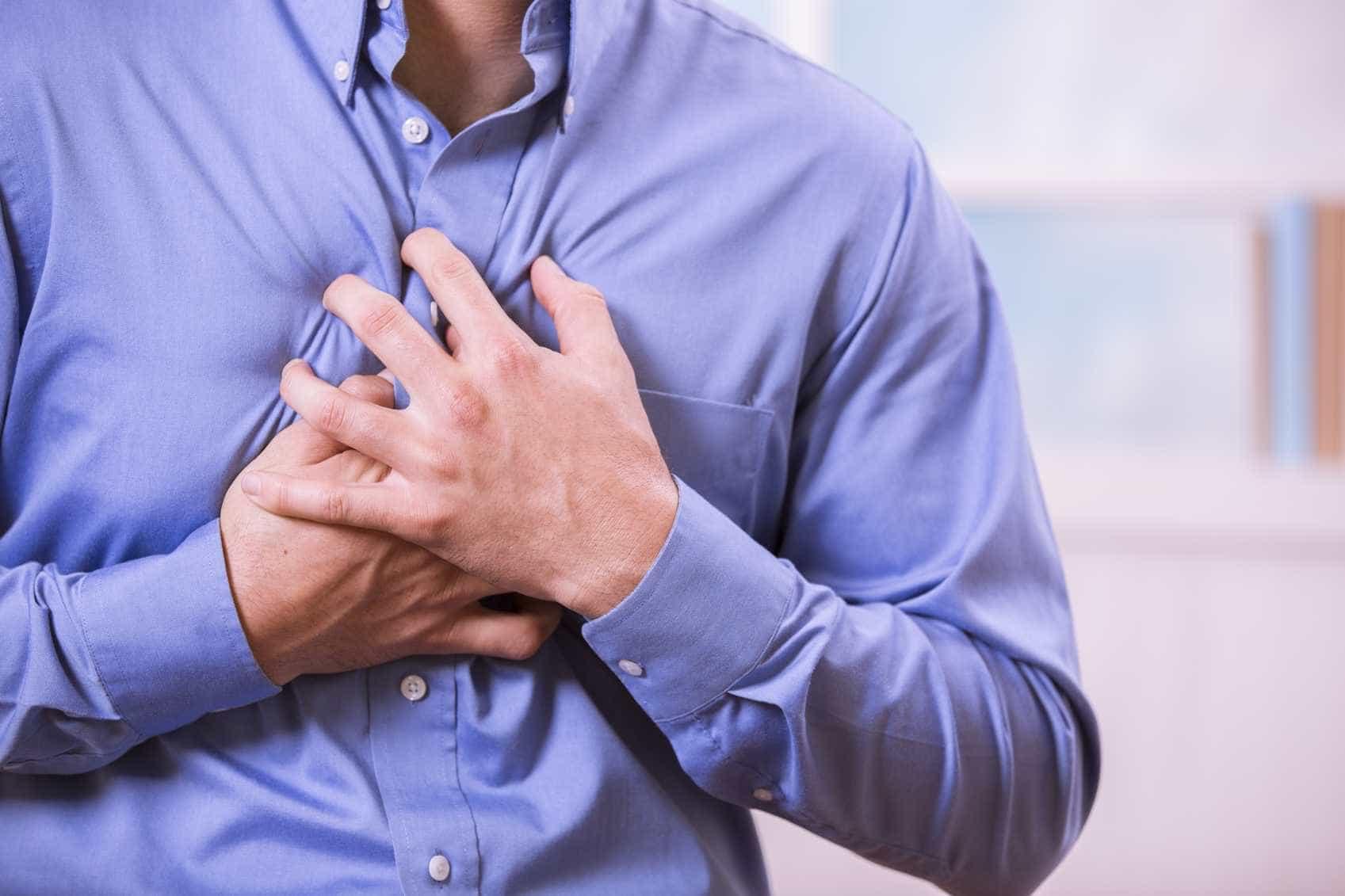 Tensão muscular, dor no peito e insônia são sintomas da ansiedade