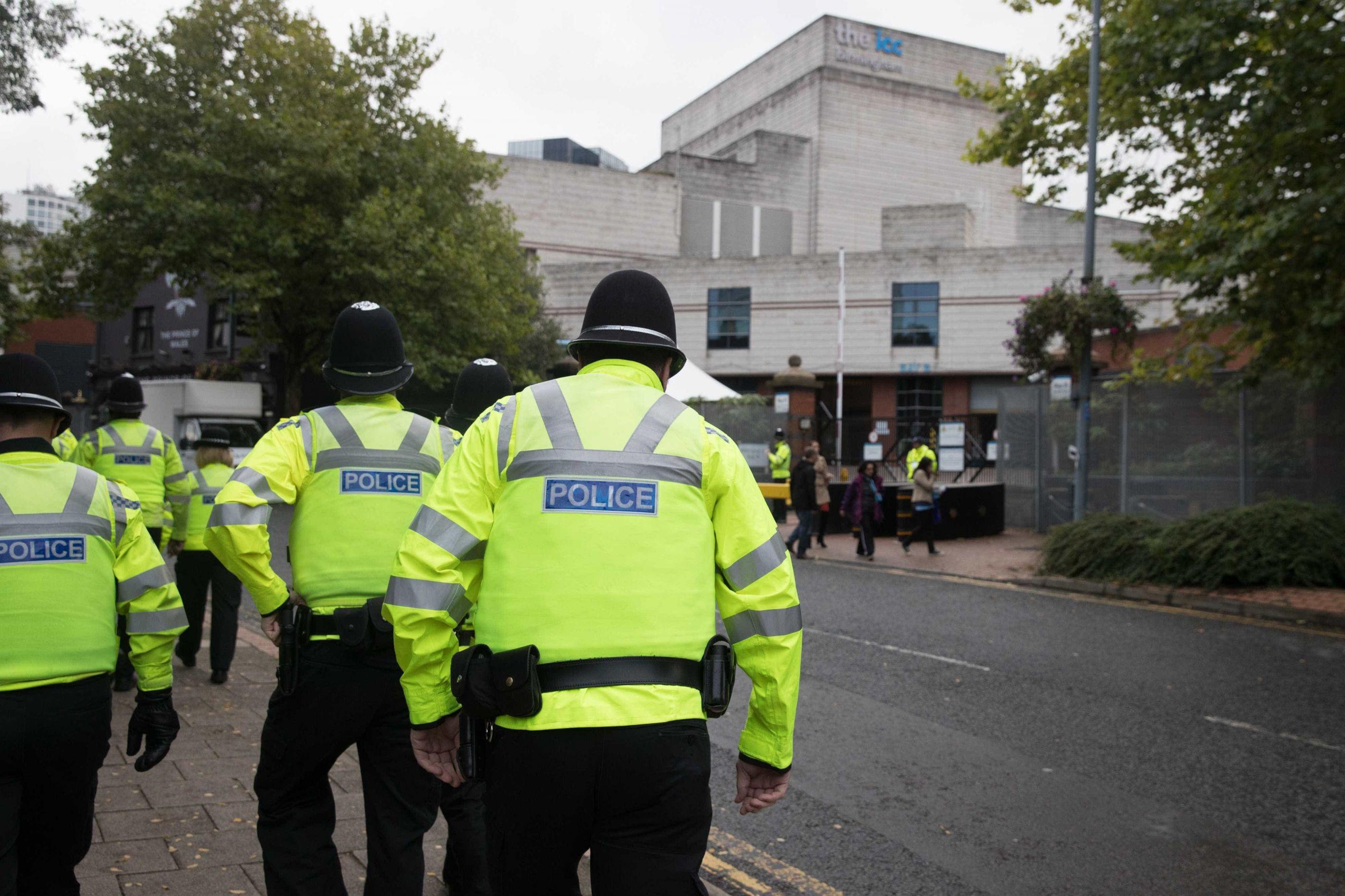 Três pessoas morreram em acidente de trem em Londres