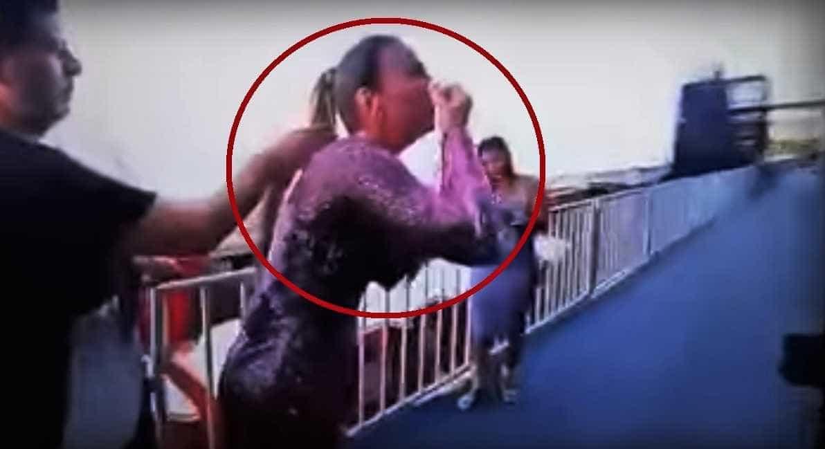 Ivete Sangalo é flagrada em bastidor inalando substância branca