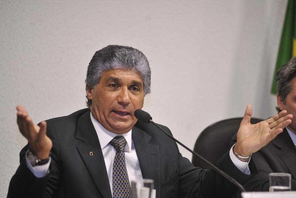 Defesa de Paulo Vieira critica condições de cela e pede transferência