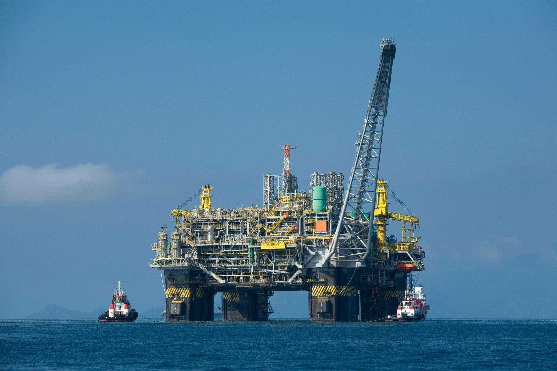 Sindipetro confirma greve de petroleiros em refinaria da Petrobras