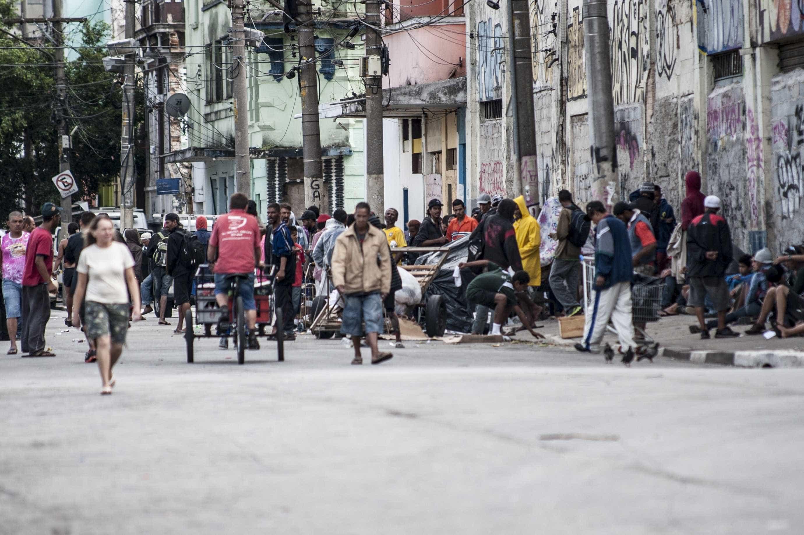 Polícia Civil realiza operação conjunta na Cracolândia, em SP