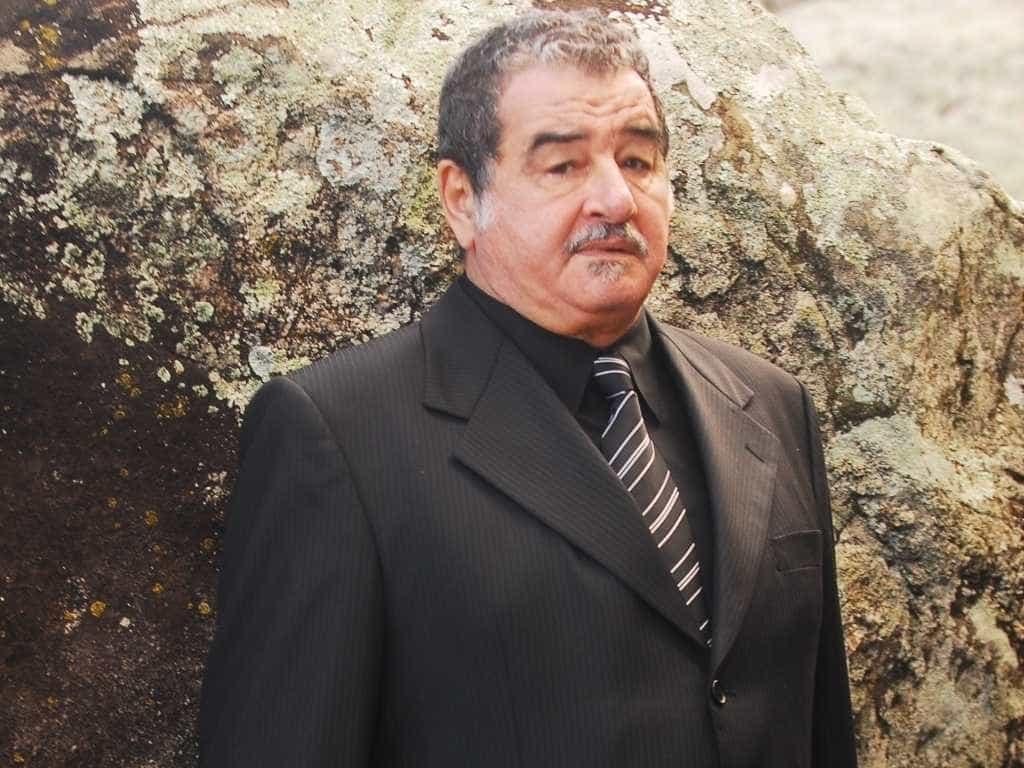Otávio Augusto passa mal e é internado no Rio