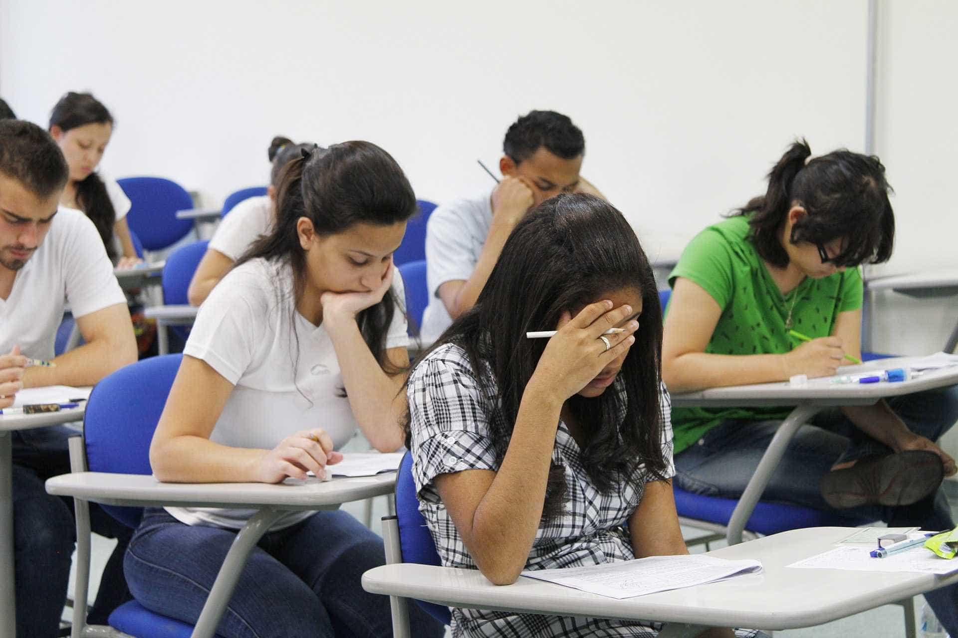 MEC prorroga inscrição para estudantes do Fies no 2º semestre