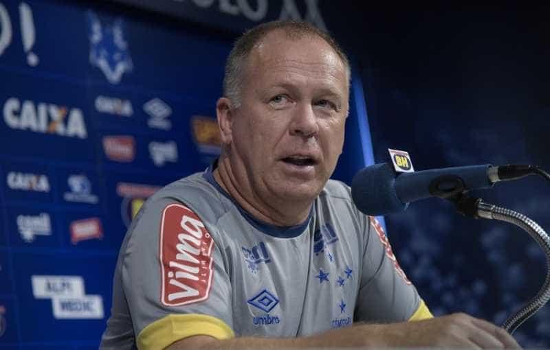 """""""Basta"""" de Mano ajudou time a ter posto de melhor defesa do Mineirão"""