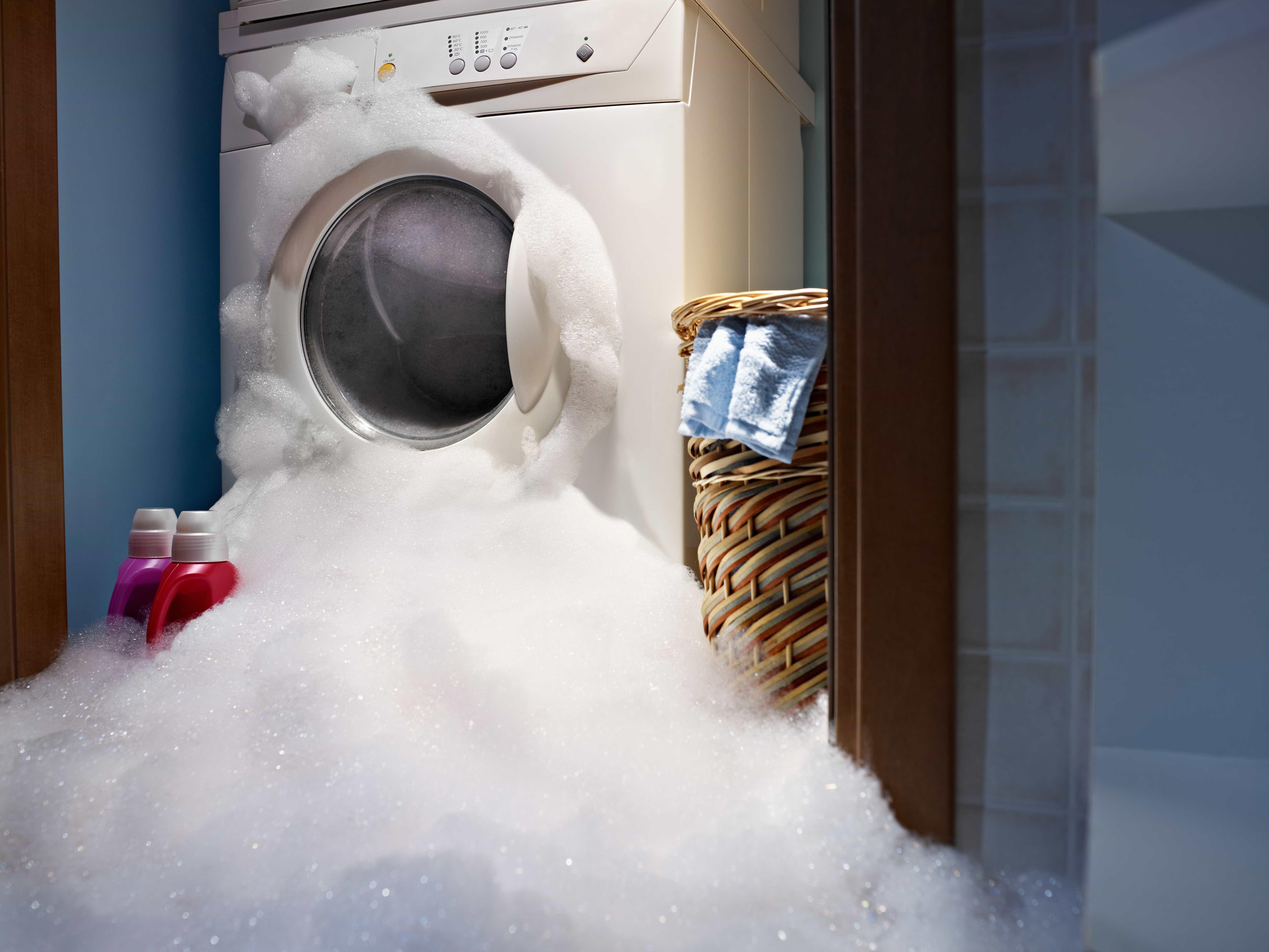 Aprenda a limpar corretamente a máquina de lavar roupa
